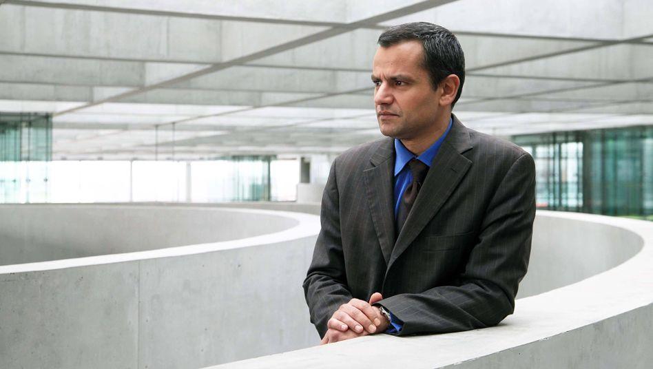 Politiker Edathy (Archivbild): Waren Durchsuchungen unverhältnismäßig?
