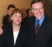 Wer macht das Rennen: Merkel oder Rühe?