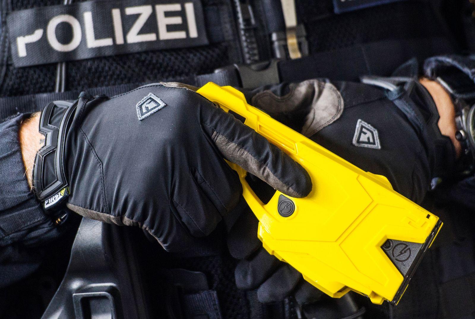 Zunächst für ein Jahr: NRW-Polizei testet ab Januar Taser