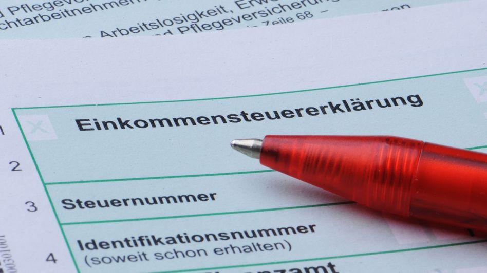 Formular zur Einkommensteuererklärung: Zwei-Jahres-Option vorerst vom Tisch
