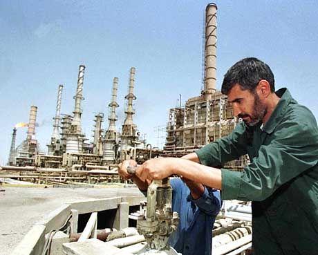 Rund um Basra gibt es reichhaltige Ölfelder