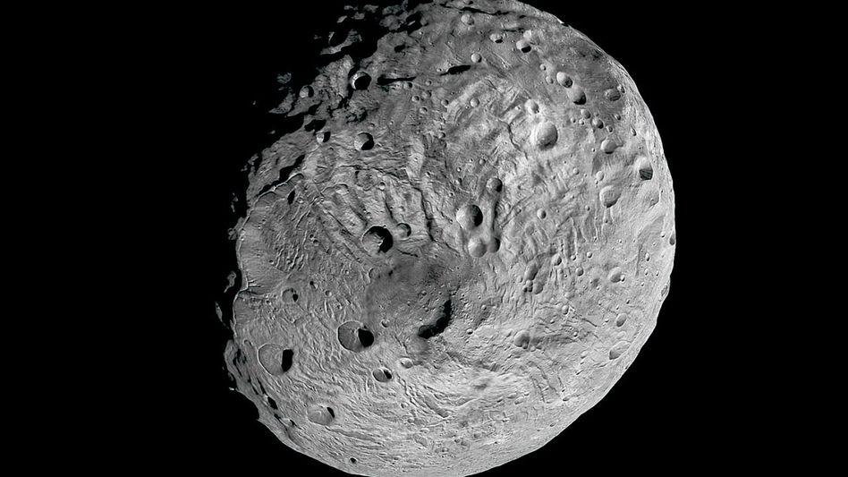 »Dawn«-Aufnahme vom Vesta-Südpol: »Knapp der Zerstörung entgangen«