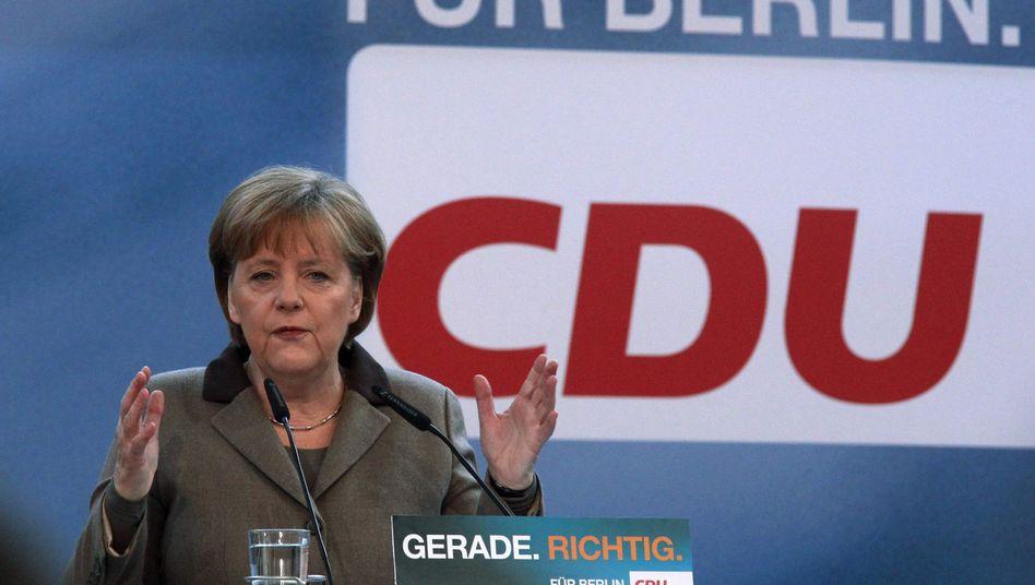 """Kanzlerin Merkel (beim Landesparteitag der Berliner CDU): """"Stoppschild war richtig"""""""