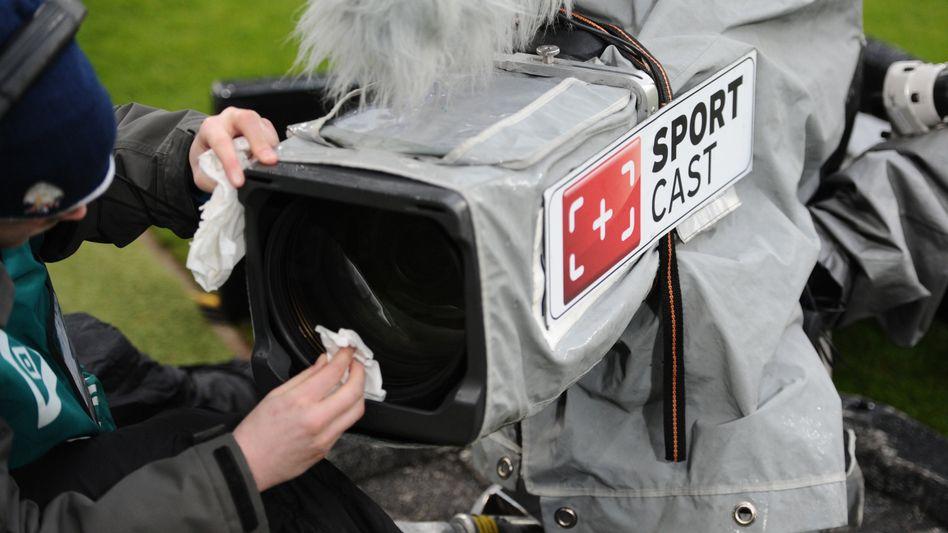 Wer darf seine Kameras künftig auf die Bundesliga richten?