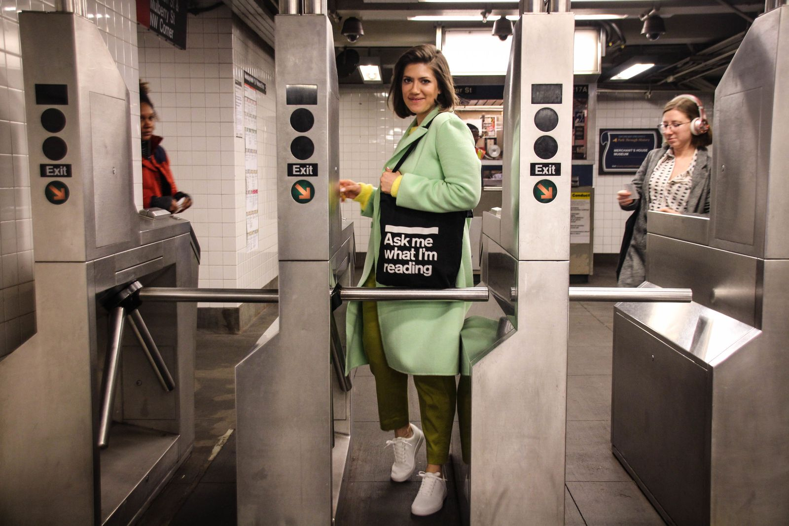 Deutsche porträtiert New Yorker U-Bahn-Leser