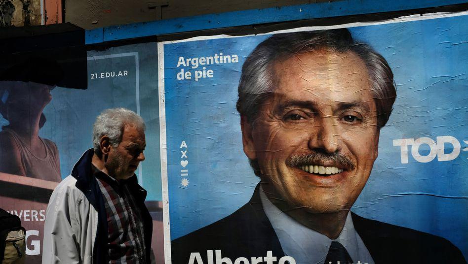 Wahlplakat des aussichtsreichen Präsidentschaftskandidaten Alberto Fernández