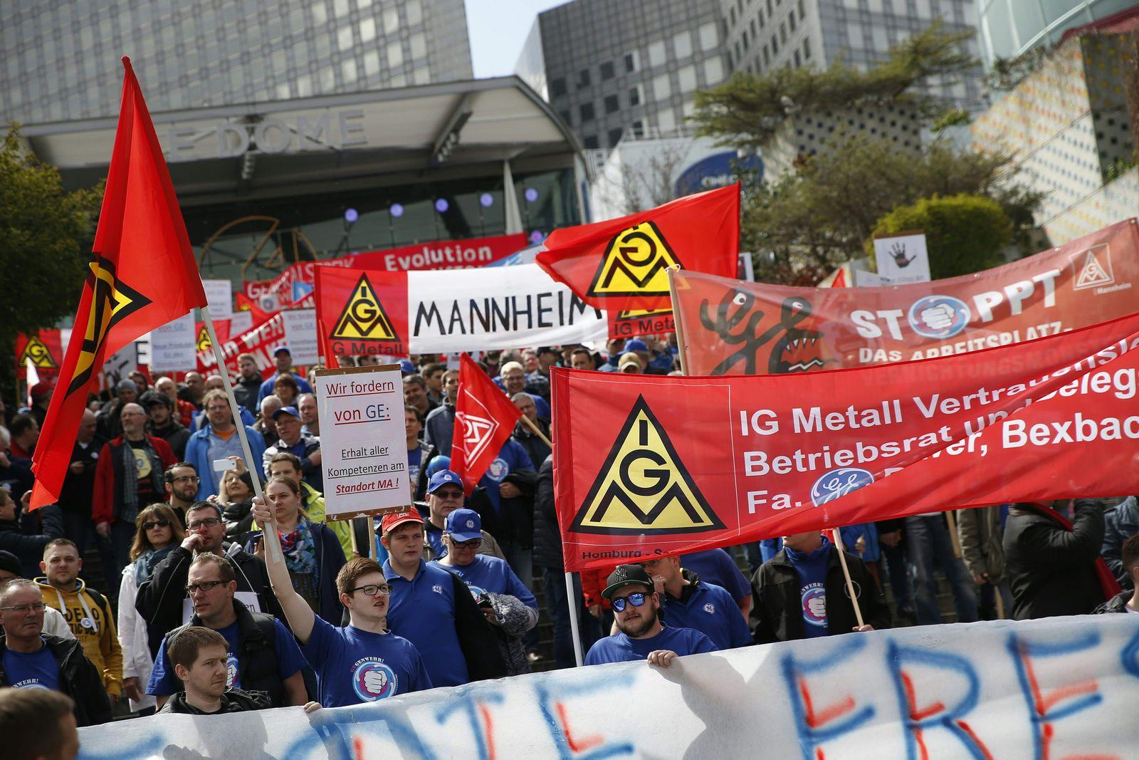 FRANCE-INDUSTRY-SOCIAL-STRIKE-PROTEST-EU