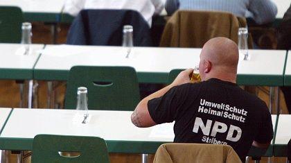 NPD-Anhänger in Leinefelde: Die Familie ist in vielen Fällen Zentrum der Auseinandersetzung.