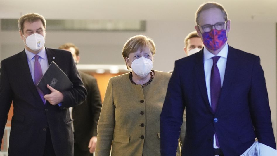 Kanzlerin Merkel, Länderchefs Söder, Müller