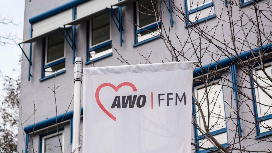 Logo der Frankfurter Arbeiterwohlfahrt: Sozialverband unter Druck