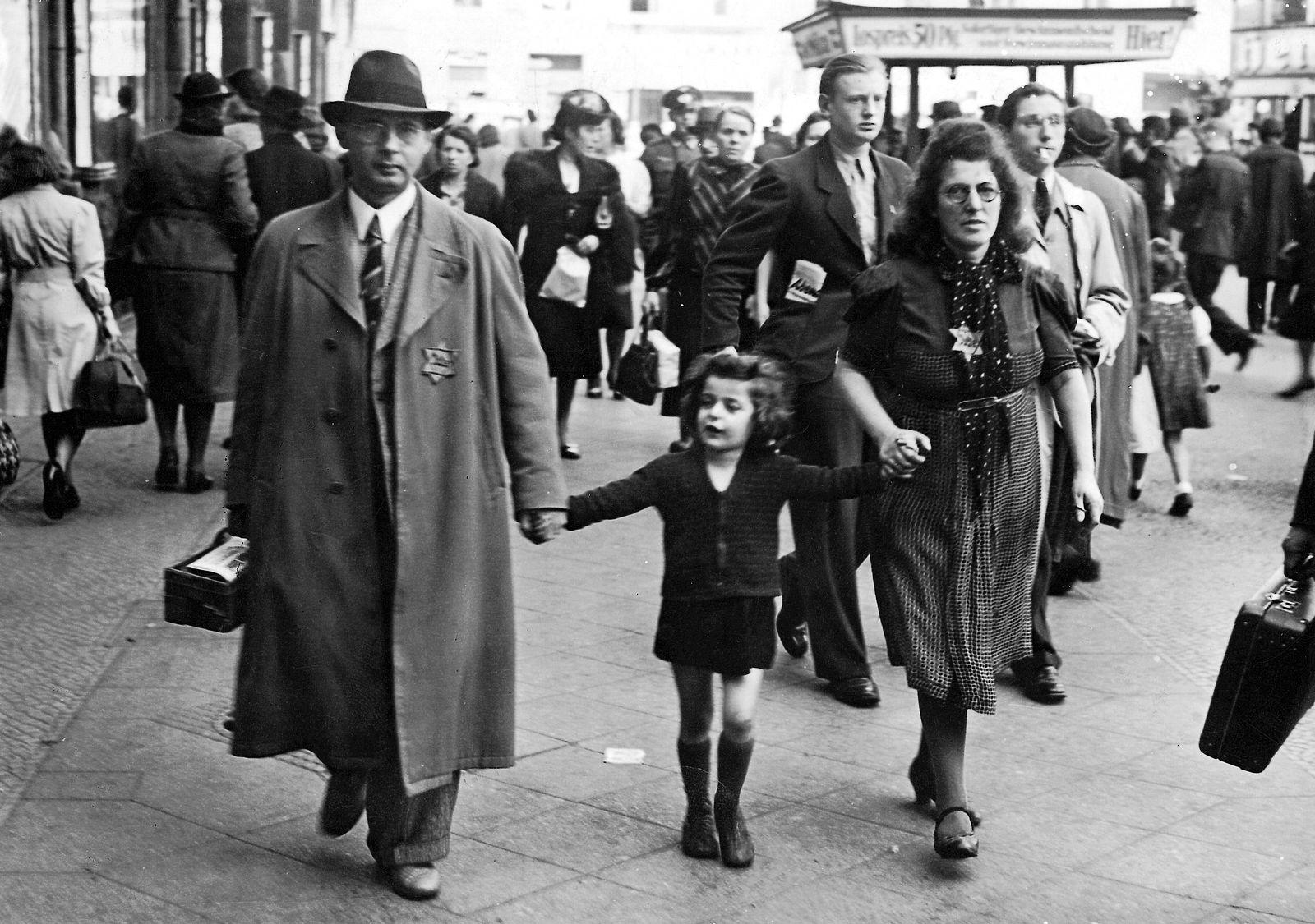 Familie mit Judenstern