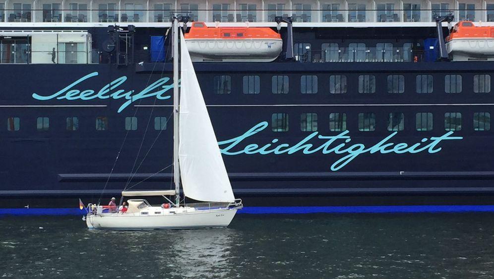 """""""Mein Schiff 5"""": Weißblau auf dem Meer"""