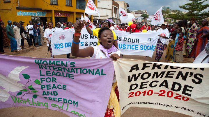 Kongo: Protestmarsch der Frauen