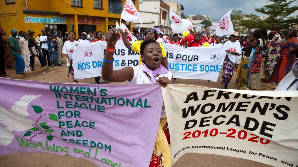 Massenvergewaltigungen: Kongos geschändete Frauen machen mobil