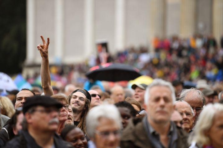 Mindestens 20.000 Menschen demonstrierten in München gegen den Rechtsruck in Deutschland.