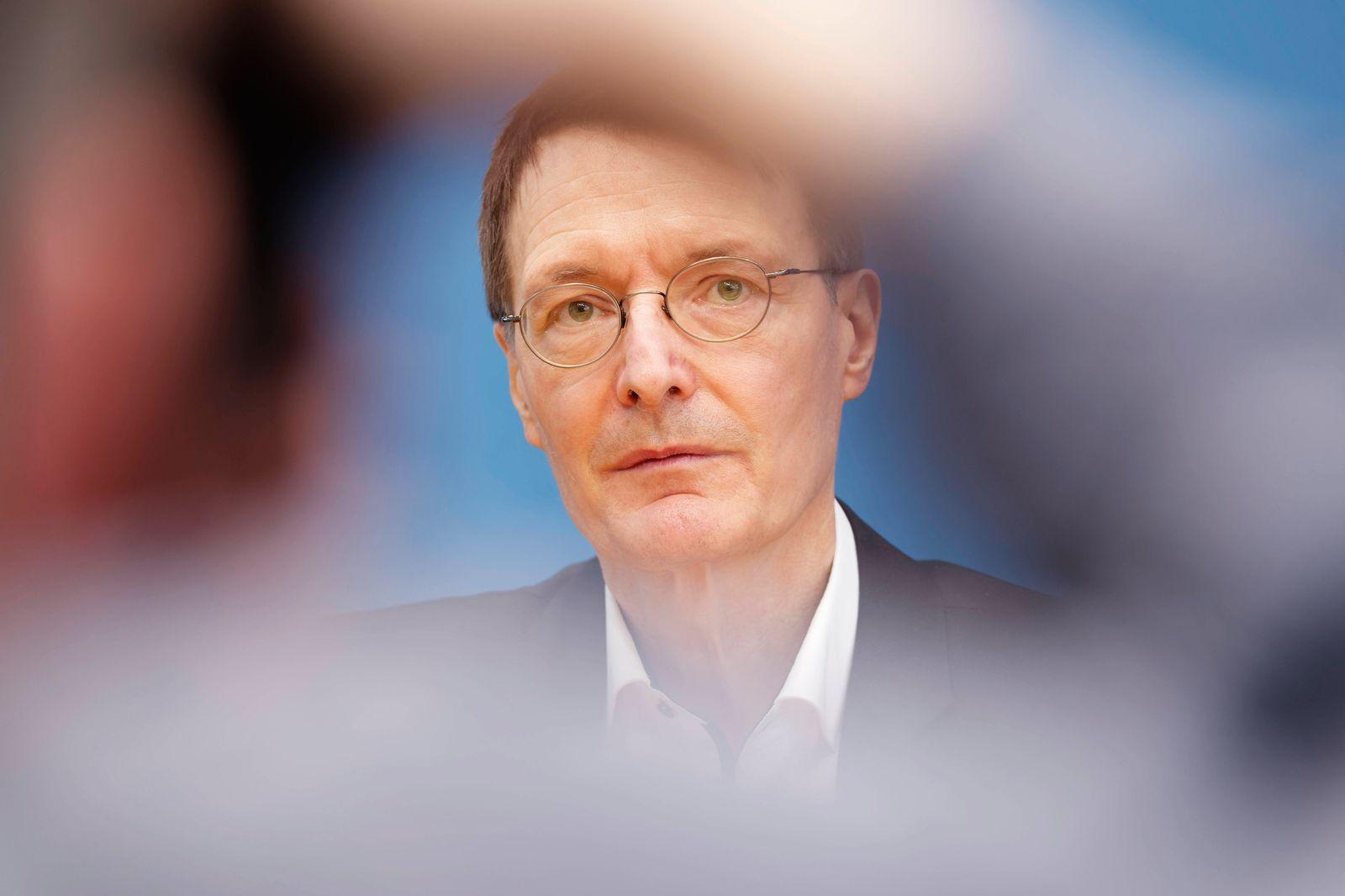 Lauterbach zur Impflage 2021-03-19, Deutschland, Berlin - Bundespressekonferenz zum Thema Impfen gegen Corona. Im Bild K