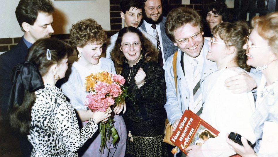 Das gefiel der Partei: Schüler feiern ihre Jugendweihe im Rathaus Berlin-Köpenick.