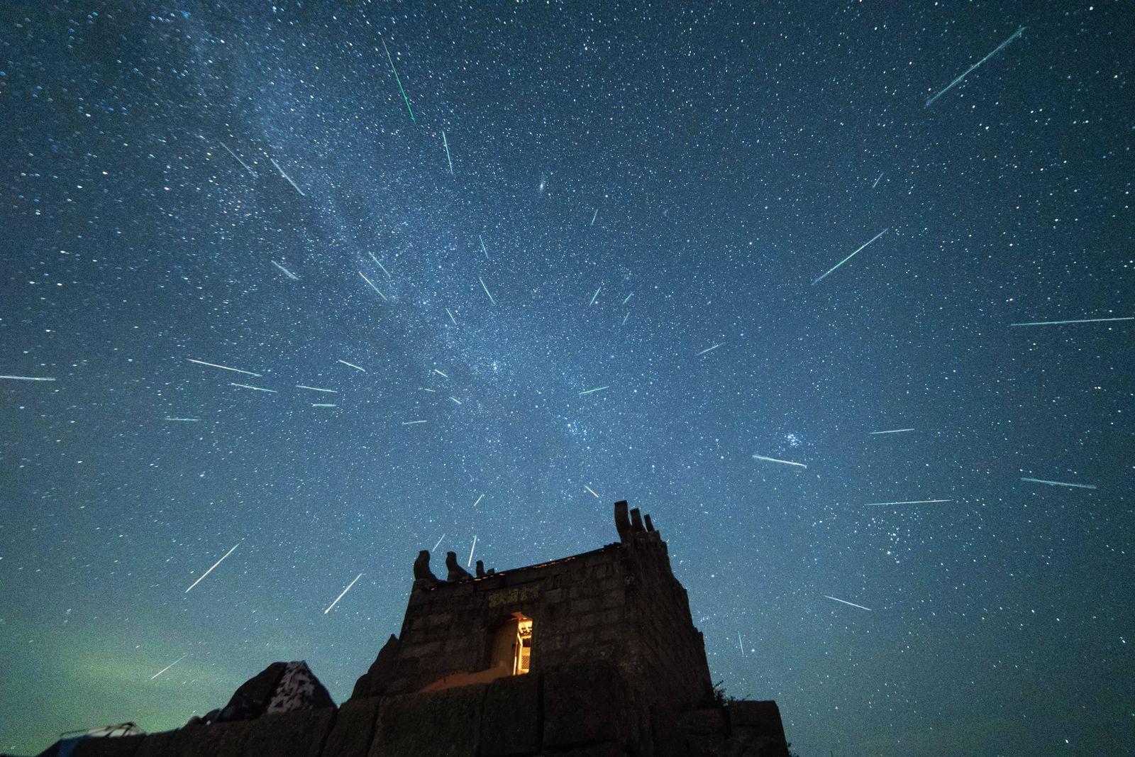 Perseid meteor shower in Yuhua Mountain PUBLICATIONxNOTxINxCHN 461259962732773400