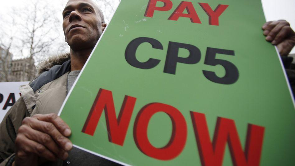 """Demonstrant für die """"Fünf vom Central Park"""": Entschädigung von der Stadt New York"""