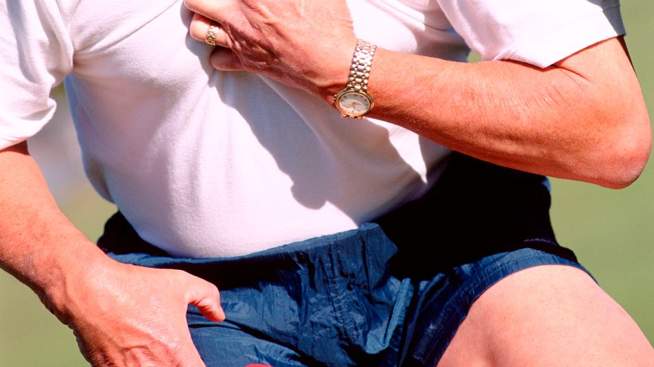 Brustschmerz: Unterschiedliche Beschwerden weisen auf einen Infarkt hin
