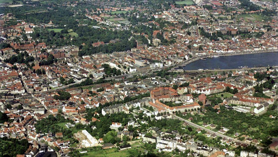 Flensburg aus der Luft (Archivbild): Platz für diejenigen, die ihn auch brauchen
