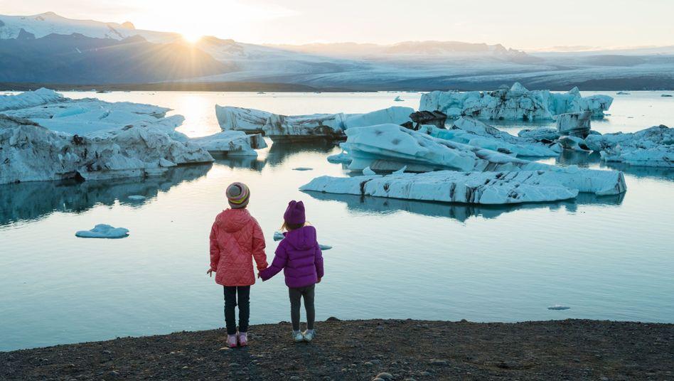 Wie wird die Welt aussehen, wenn diese beiden Kinder alt sind?