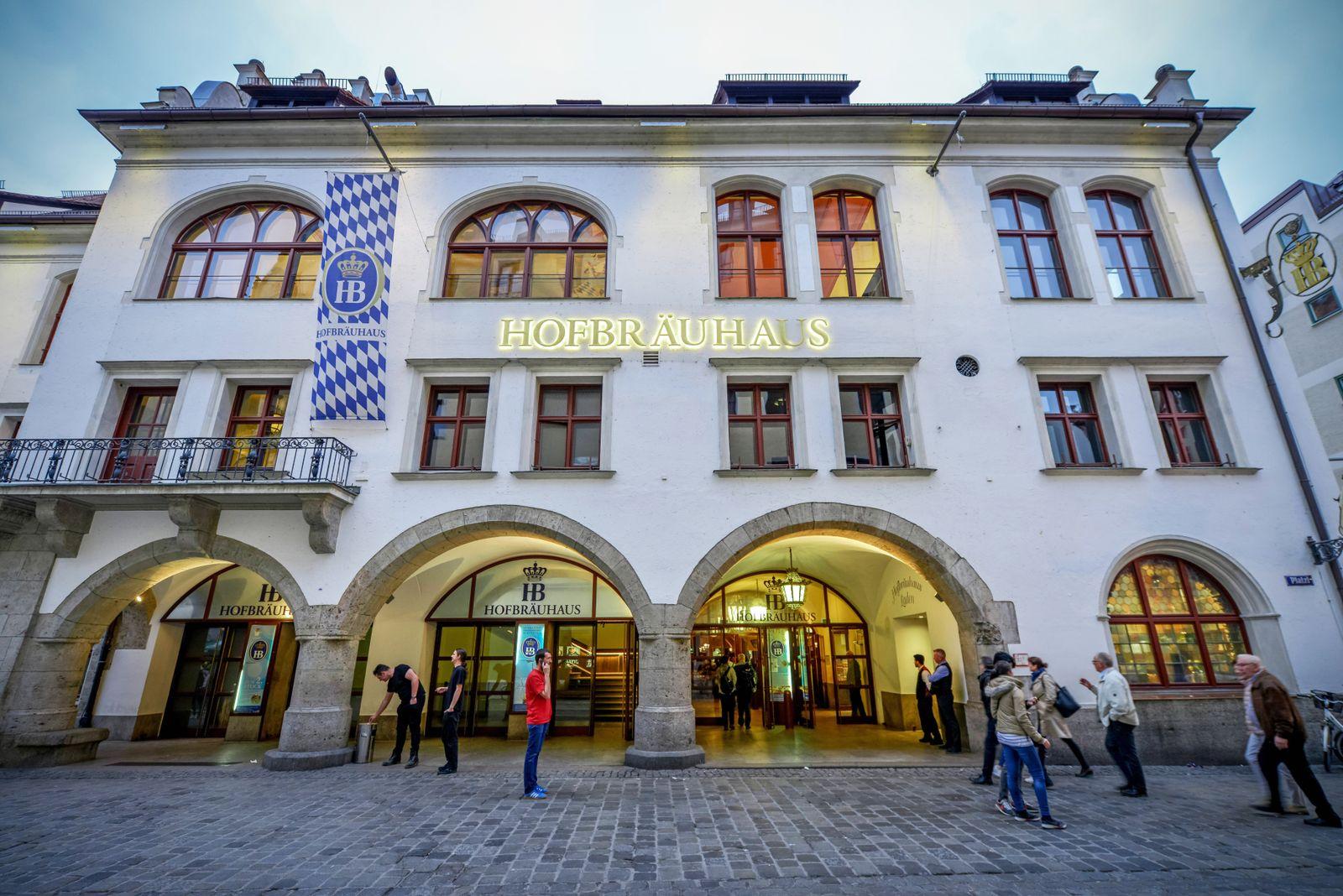 Hofbraeuhaus am Platzl Muenchen Bayern Deutschland *** Hofbraeuhaus at Platzl Muenchen Bavaria Ge
