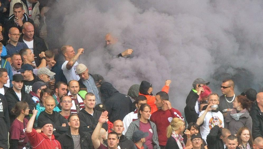 Ausschreitungen in Berlin: Rauchbomben und Randale