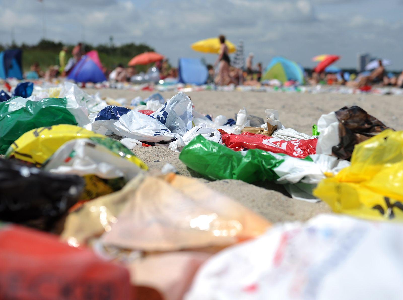 Plastikmüll / Plastiktüten / Plastiktüte