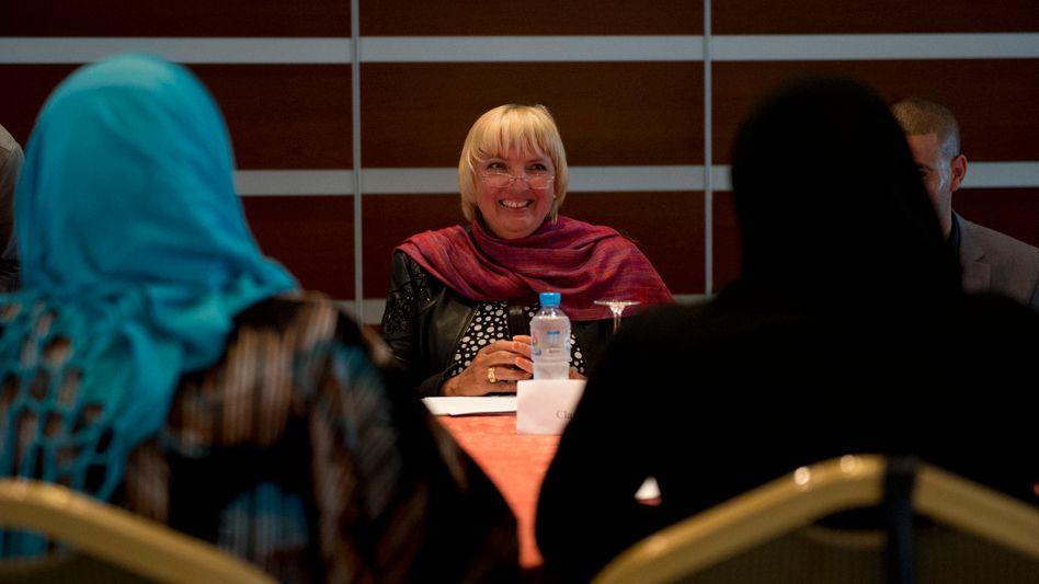 """Grünen-Chefin Roth bei Gesprächen in Libyen: """"Die Situation ist äußerst fragil"""""""