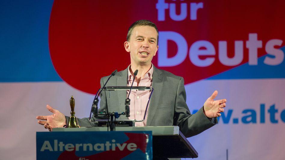AfD-Spitzenkandidat Lucke: Gutes Ergebnis bei Europawahl in Aussicht