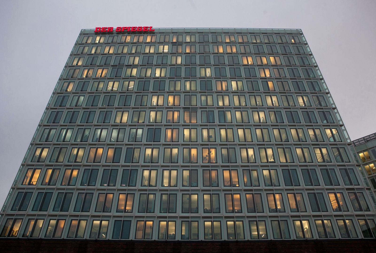 EINMALIGE VERWENDUNG SPIEGEL Gebäude/ Hamburg