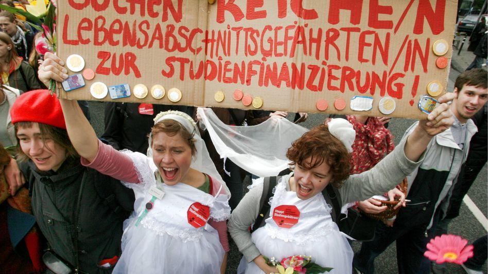 """Anti-Gebühren-Kampf (2006): """"War all die Aufregung umsonst?"""""""