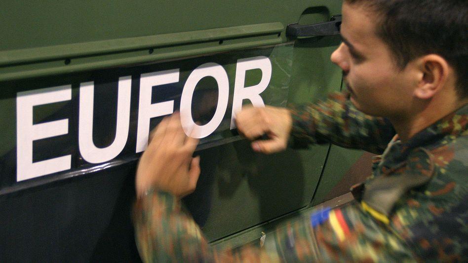 Bundeswehr-Soldat in Bosnien: Einsatz um zwölf Monate verlängert