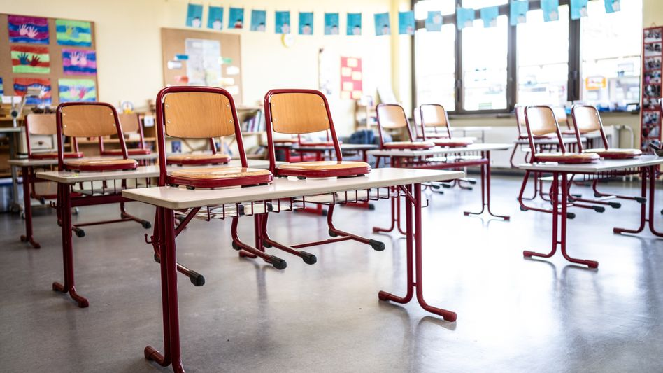 Auch die Pestalozzi-Grundschule in Dettenheim bei Karlsruhe bleibt bis auf Weiteres wegen des Coronavirus geschlossen