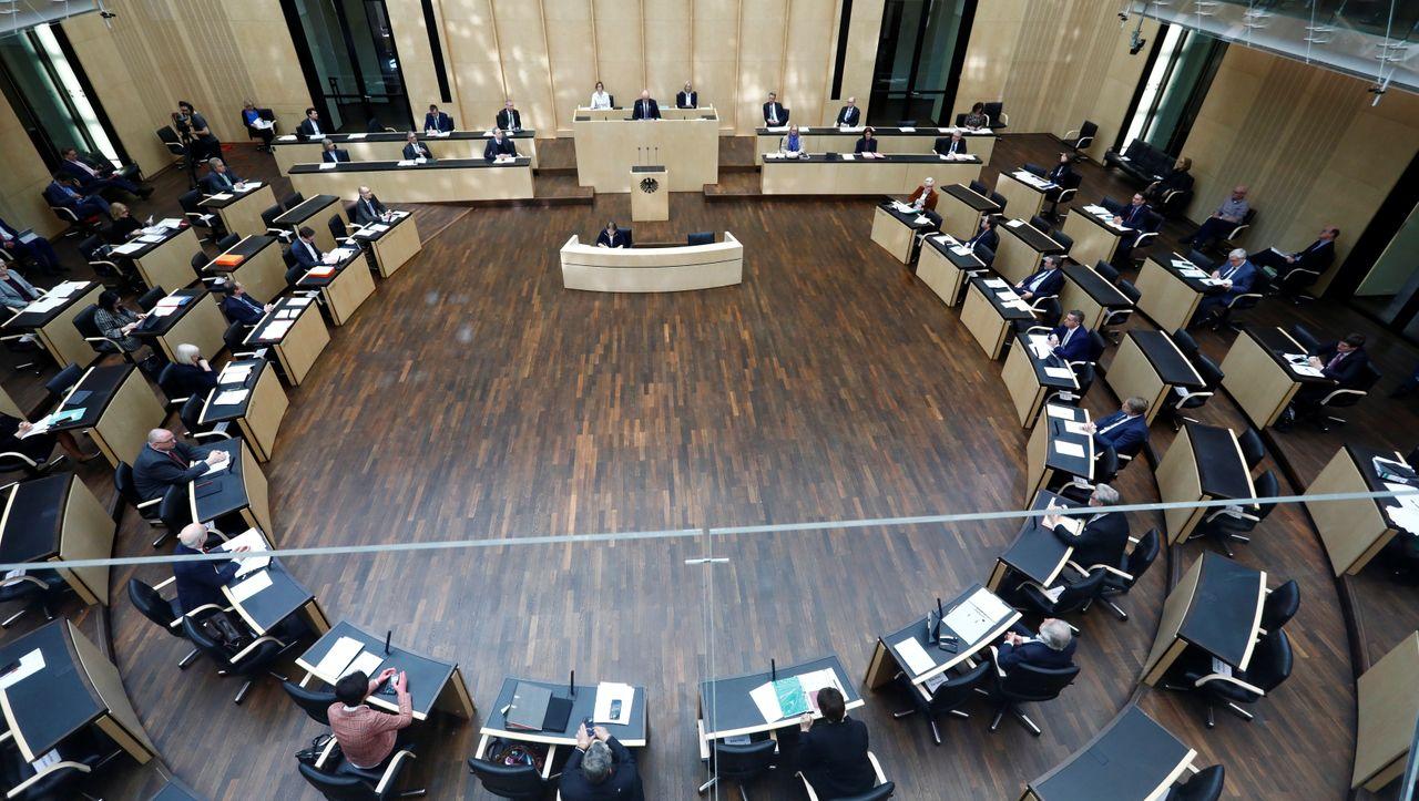 Bundesrat lehnt eigenständige Aufnahme von Asylbewerbern durch Länder...