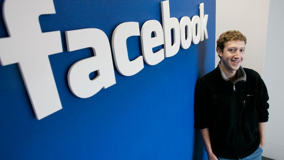 """Hat gut lachen: Mark Zuckerbergs Facebook ist inzwischen das erfolgreichste Social Network der Welt. Damit das so bleibt, fährt Facebook gegen Spammer die Krallen aus - und erstritt nun vor Gericht einen Schadensersatz von 711 Millionen Dollar gegen einen """"Spam-King"""""""