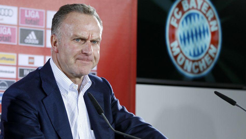 "Bayern-Boss Rummenigge: ""Hätte er wohl besser gelassen"""