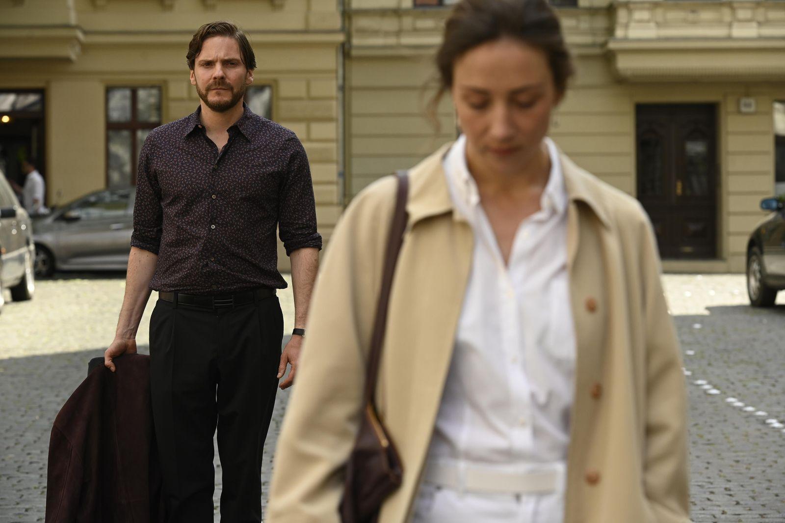 Berlinale/ Wettbewerb/ Nebenan