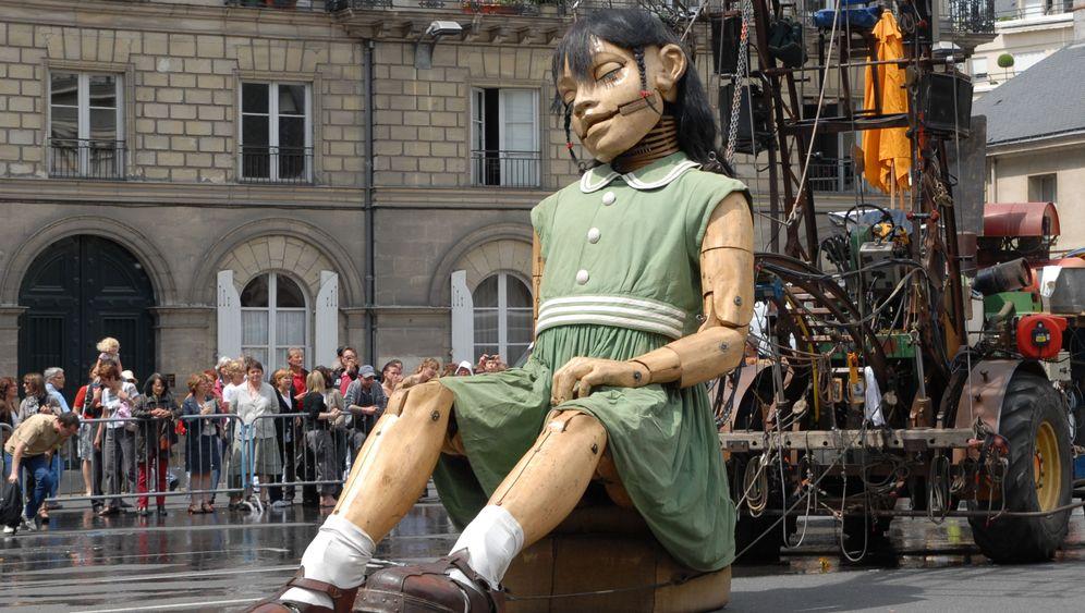 Puppentheater: Marionetten-Giganten in Berlin