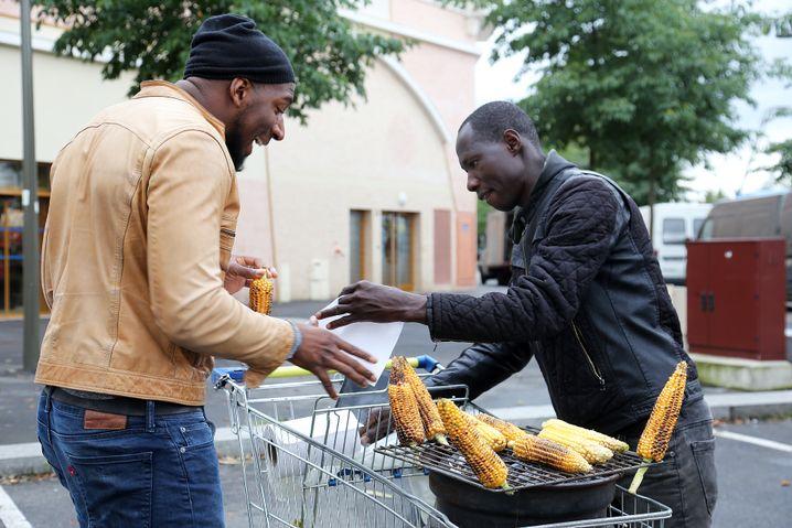 Hadama Traoré auf dem Wochenmarkt in seinem Viertel Rose-des-Vents