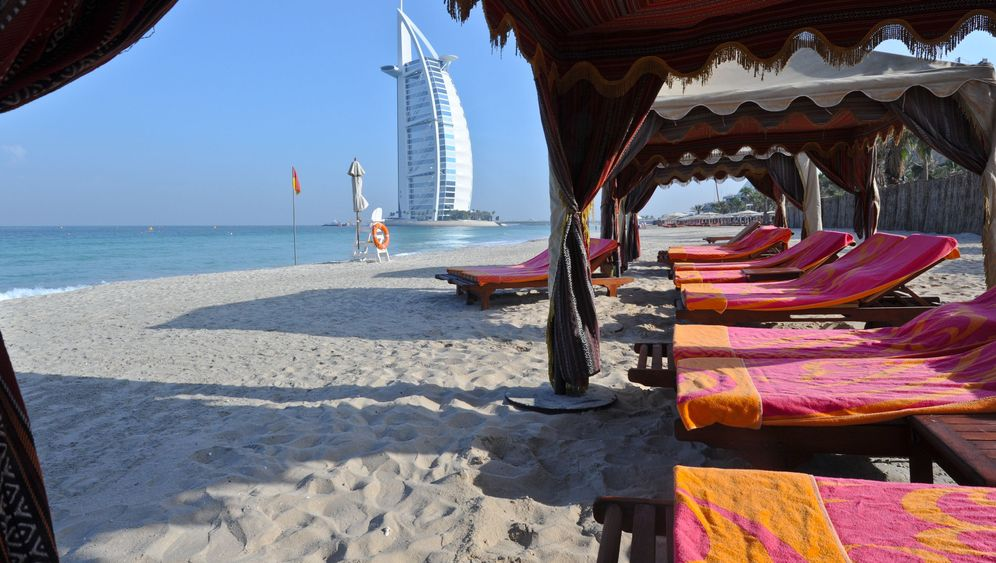 Jumeirah Beach: Der Scheich und die deutschen Urlauber