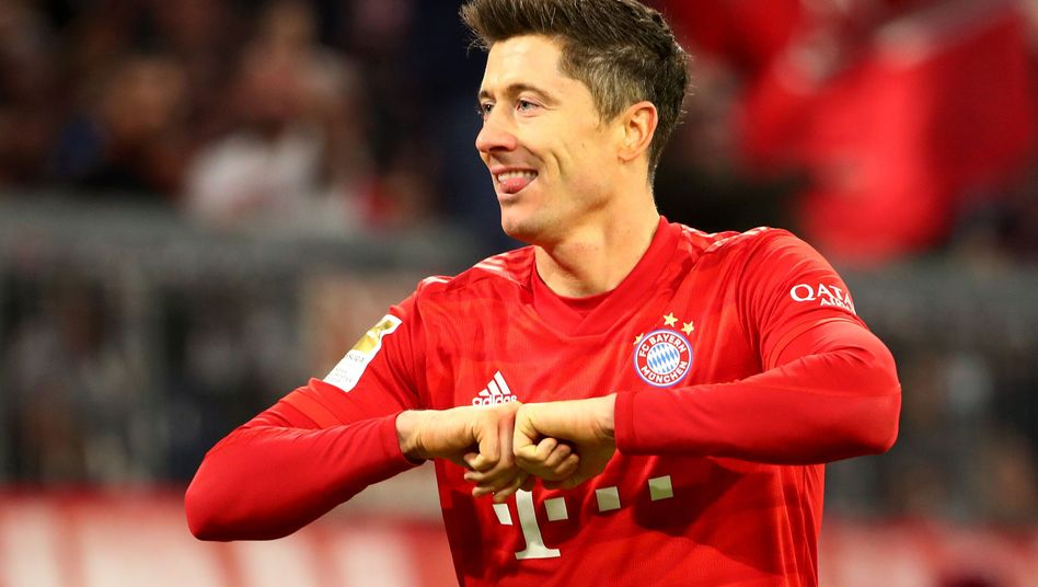 Robert Lewandowski erzielte seinen 220. Bundesligatreffer und ist damit Dritter in der ewigen Torjägerliste