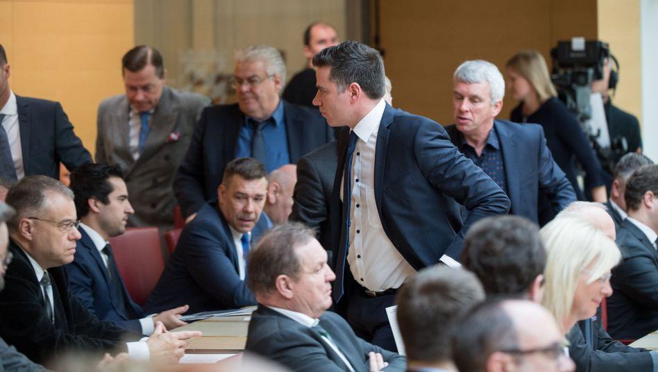 AfD-Abgeordnete verlassen den Landtag