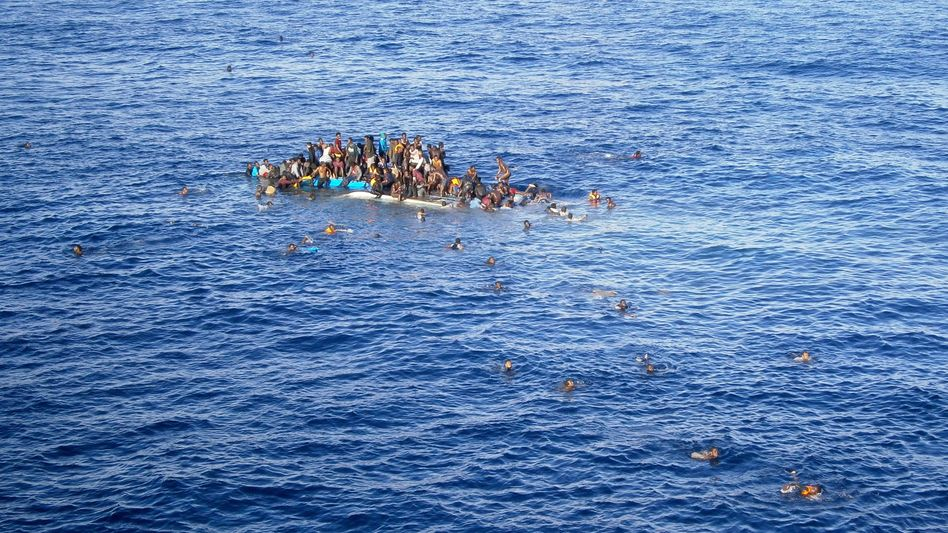 Gekenterte Flüchtlinge: Crews der Reederei Opielok retteten seit Dezember 1500 Menschen