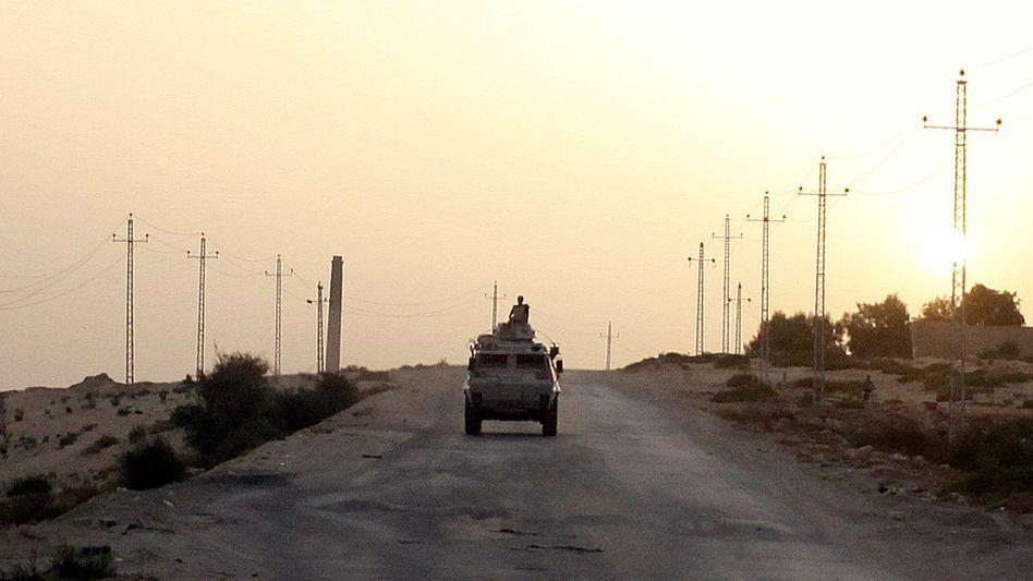 Ägyptische Armeepatrouille auf dem Sinai (Archiv)