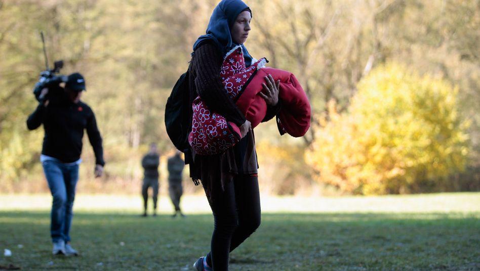Flüchtlinge an der deutschen Grenze: Milliardenkosten erwartet
