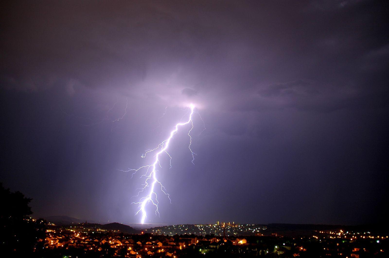Blitz Gewitter über Fulda