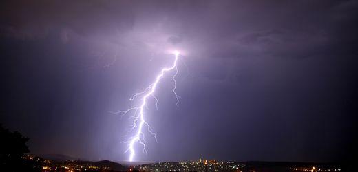 Wolfsburg: Stadt zählte 2020 die meisten Blitze Deutschlands