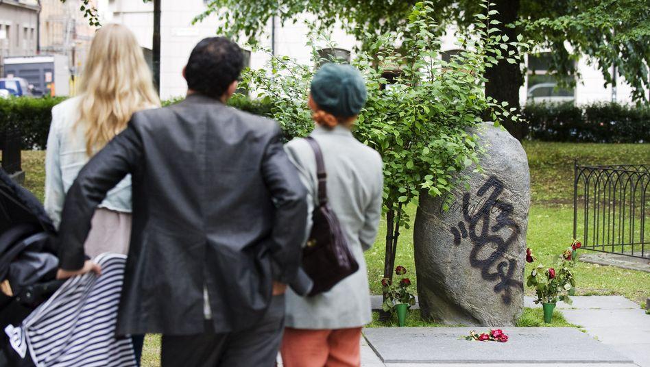 Verschandelter Grabstein von Olof Palme: Der schwedische Politiker wurde 1986 erschossen